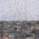 夜の網戸の虫対策で窓との隙間や網戸の穴から入ってくる虫を防ぐには